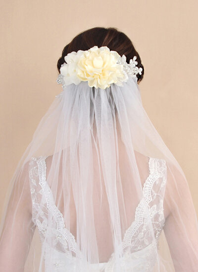 One-tier Cut Edge Fingertip Bridal Veils With Faux Pearl