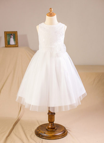 A-Line/Princess Knee-length Flower Girl Dress - Tulle/Lace Sleeveless Scoop Neck With Flower(s)/Bow(s)