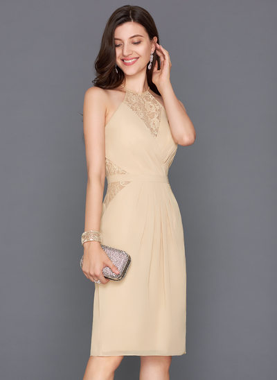 Sheath/Column Scoop Neck Knee-Length Chiffon Homecoming Dress With Ruffle Bow(s) Split Front
