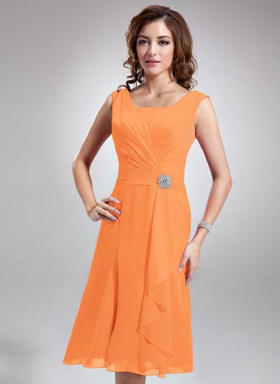 A-Lijn/Prinses Vierkante Halslijn Knie-Lengte De Chiffon Bruidsmeisjes Jurk met Kristal Bloemen Pin Ruches
