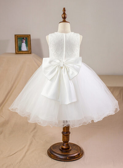 Scoop Neck Knee-Length Tulle Junior Bridesmaid Dress With Bow(s)