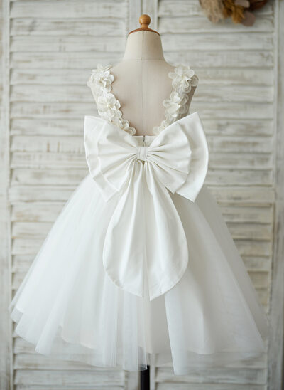A-Line/Princess Knee-length Flower Girl Dress - Satin/Tulle/Lace Sleeveless With V Back