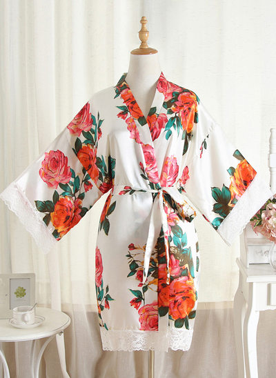 Non-personalized Polyester Bride Bridesmaid Mom Lace Robes Floral Robes