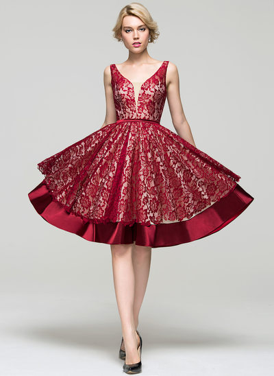A-Line/Princess V-neck Knee-Length Charmeuse Lace Homecoming Dress