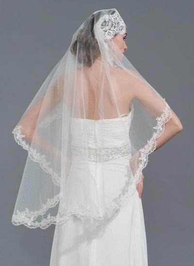 One-tier Lace Applique Edge Waltz Bridal Veils With Applique
