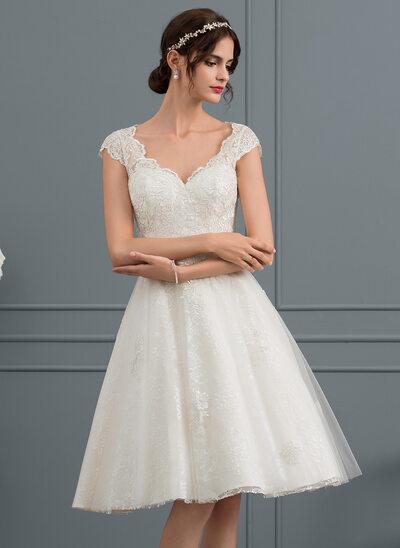 Forme Princesse Col V Longueur genou Tulle Dentelle Robe de mariée