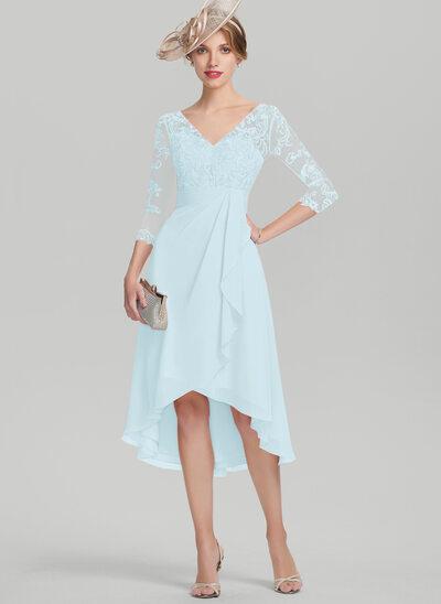 Corte A Decote V Assimétrico Tecido de seda Renda Vestido para a mãe da noiva com Babados em cascata