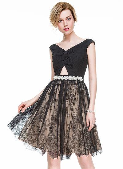 Vestidos princesa/ Formato A Decote V Coquetel Tecido de seda Renda Vestido de cocktail com Pregueado Beading lantejoulas