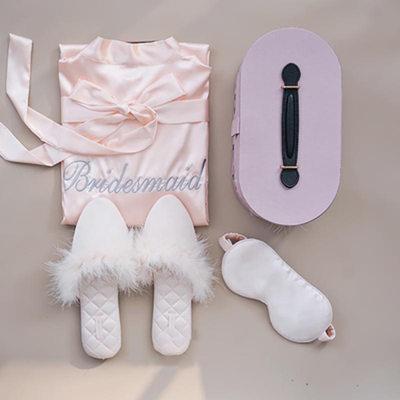 Brudepige Gaver - Delikat Charmeuse Polyester Fjer Gaveæske / taske (Sæt af 3)