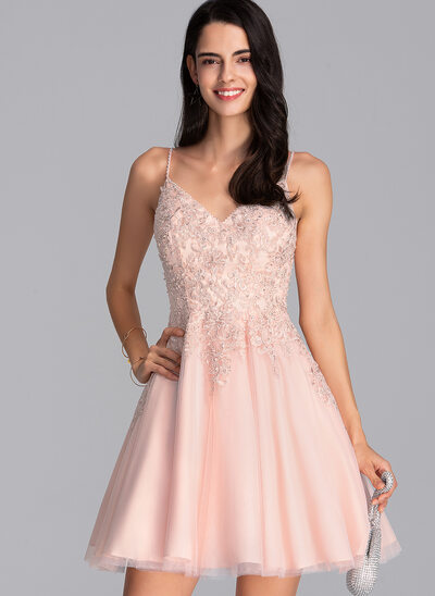 A-Line V-neck Short/Mini Tulle Homecoming Dress With Beading Sequins
