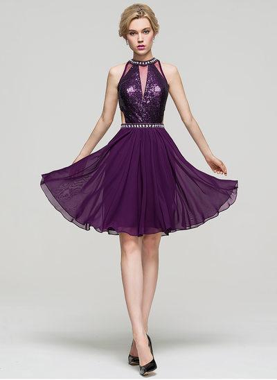 A-Line/Princess Scoop Neck Knee-Length Chiffon Homecoming Dress With Beading