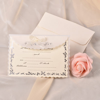 Classic tyyli Wrap & Pocket Invitation Cards