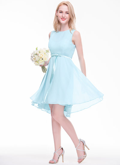 A-Line/Princess Scoop Neck Asymmetrical Chiffon Bridesmaid Dress With Bow(s)