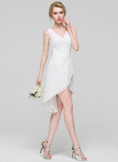A-Lijn/Prinses V-nek Asymmetrische De Chiffon Bruidsmeisjes Jurk met Roes