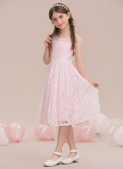 A-Line/Princess Scoop Neck Knee-Length Lace Junior Bridesmaid Dress