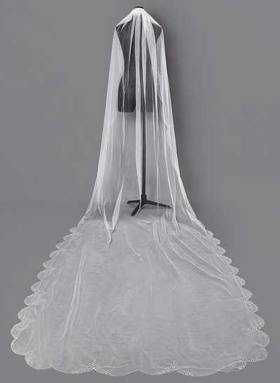 One-tier Beaded Edge Chapel Bridal Veils With Sequin