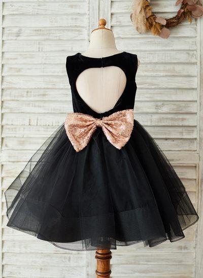 A-Line/Princess Knee-length Flower Girl Dress - Tulle/Velvet/Sequined Sleeveless Scoop Neck With Back Hole