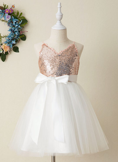 A-Line Knee-length Flower Girl Dress - Tulle/Sequined Sleeveless V-neck With Bow(s) (Detachable sash)