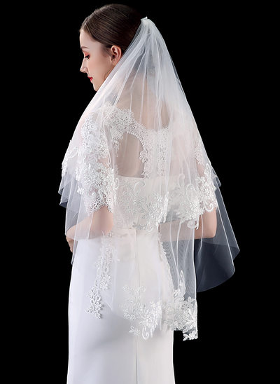 Two-tier Lace Applique Edge Fingertip Bridal Veils With Lace