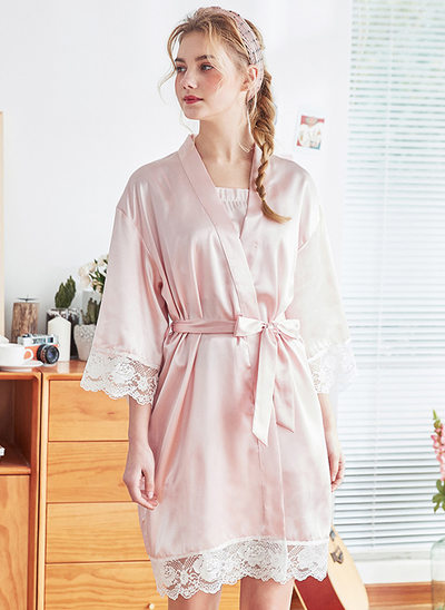 Polyester Bruid Bruidsmeisje mam Lege gewaden Lace gewaden