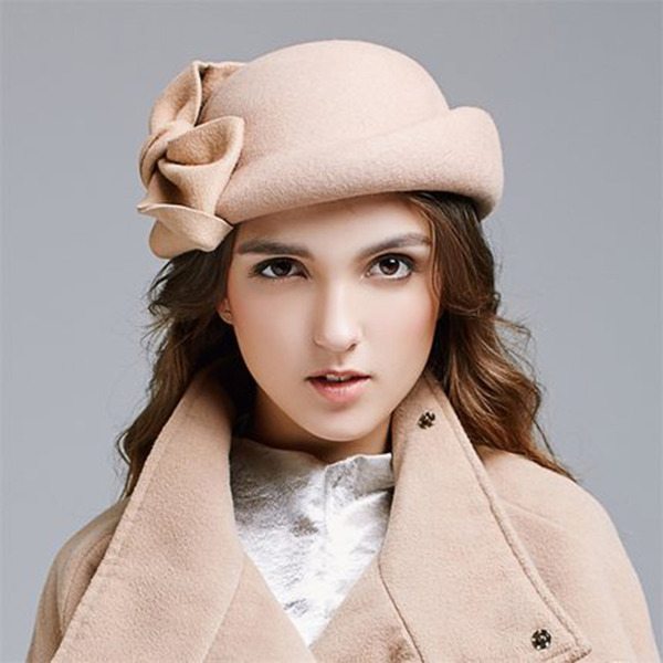 Ladies' Elegant Wool With Bowknot Beret Hats