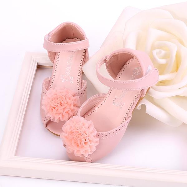 Girl's Peep Toe Microfiber leer Flat Heel Sandalen Flats Bloemenmeisje schoenen met Velcro Bloem