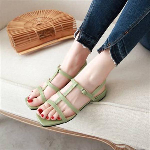 Mulheres Couro Salto robusto Sandálias com Fivela sapatos