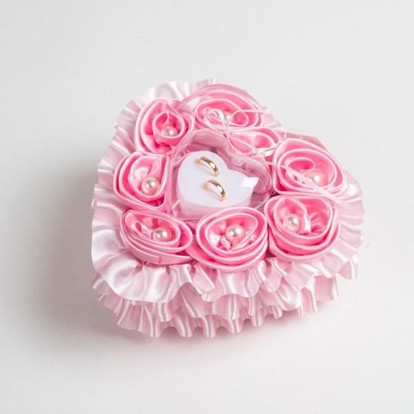 Herzförmige Ring Kissen in Stoff mit Bänder/Strasssteine/Faux-Perlen/Blumen