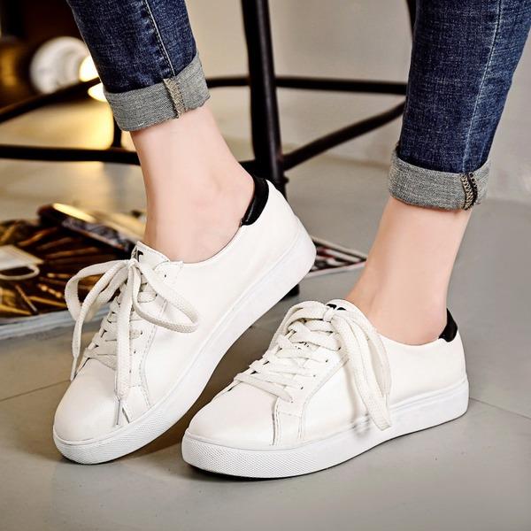 Kadın PU Düz Topuk Daireler Ile Bağcıklı ayakkabı