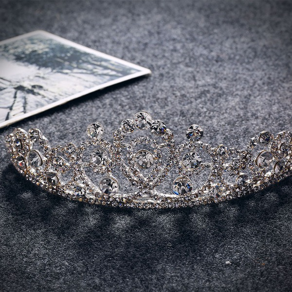Damer Glamorøse Rhinestone/Legering Tiaraer