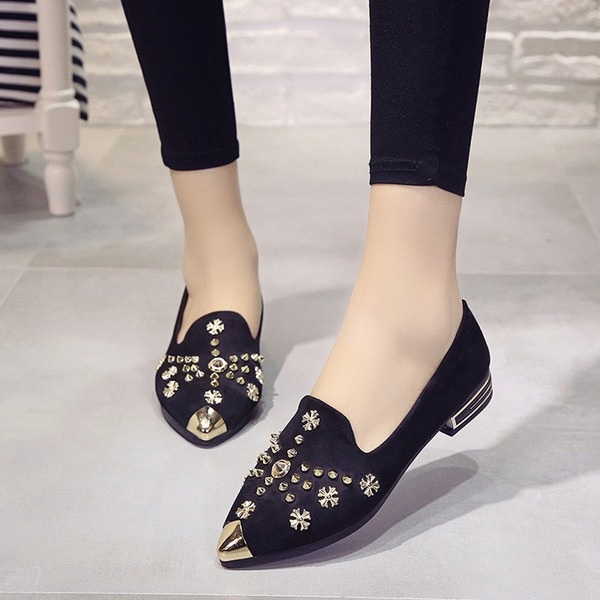 Women's Suede Flat Heel Flats Closed Toe With Rivet shoes