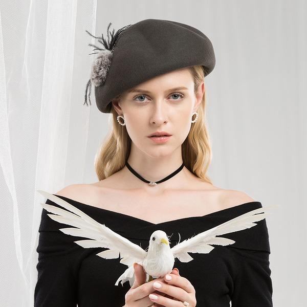 Dames Beau/Mode/Élégante/Gentil Coton avec Feather Béret Chapeau/Chapeaux Tea Party
