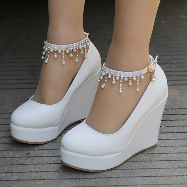 Women's Leatherette Wedge Heel Closed Toe Platform Pumps Wedges MaryJane With Buckle Imitation Pearl Rhinestone Chain