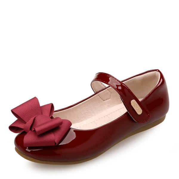 Jentas Round Toe Lukket Tå Patent lær flat Heel Sandaler Flate sko Flower Girl Shoes med Bowknot Velcro