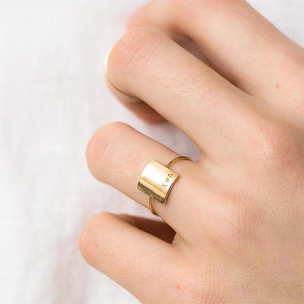 Personalizado Senhoras Único Banhado a ouro Gravado Anéis Ela/Amigos/Menina das flores