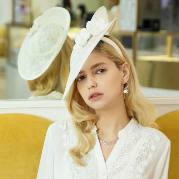 Ladies' Beautiful/Glamourous/Elegant Cambric Fascinators