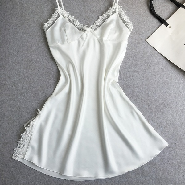Lace Feminine/Fashion Sleepwear
