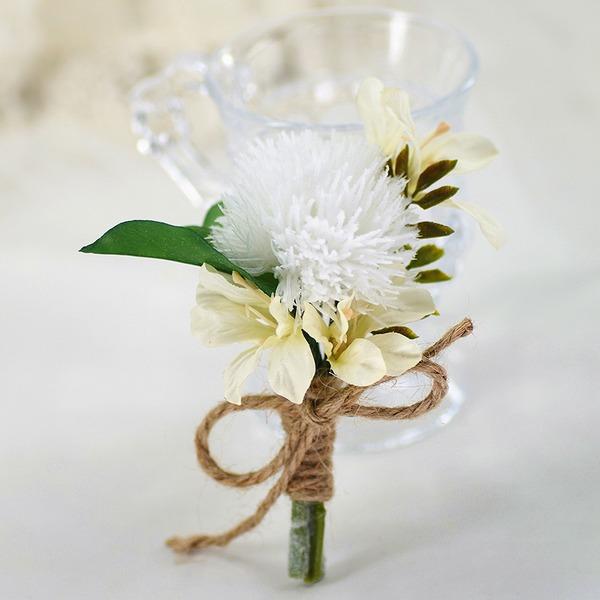 Attaché à la main Fleurs Artificielles Boutonnière (vendu en une seule pièce) -