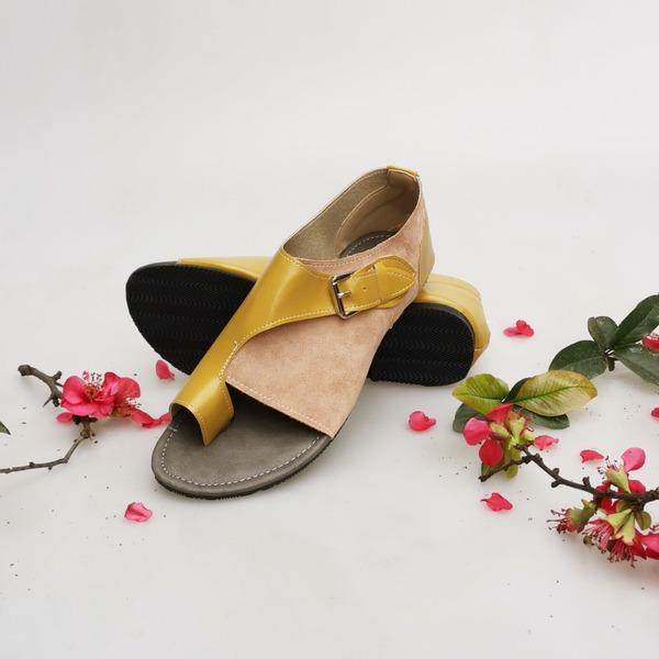 Vrouwen PU Flat Heel Sandalen Flats met Gesplitste Stof schoenen