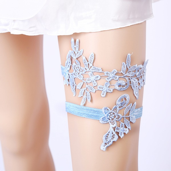 2-Piece/Classic Lace With Flower/Rhinestone Wedding Garters