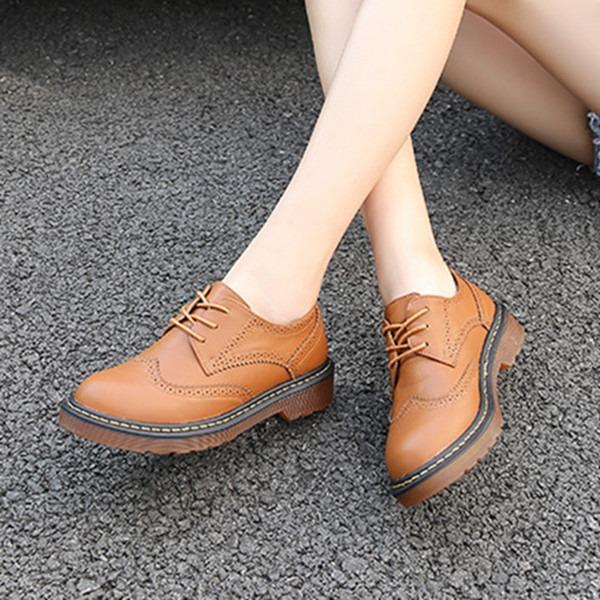 Naisten Keinonahasta Chunky heel Matalakorkoiset jossa Nauhakenkä kengät