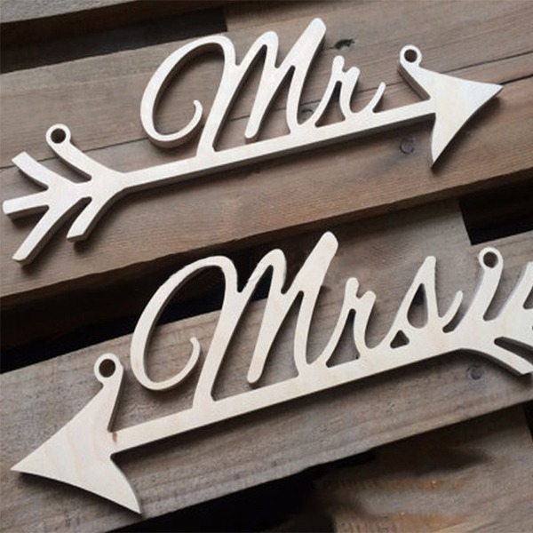 """""""Mr. & Mrs."""" Atractivo Madera Accesorios decorativos (juego de 2)"""