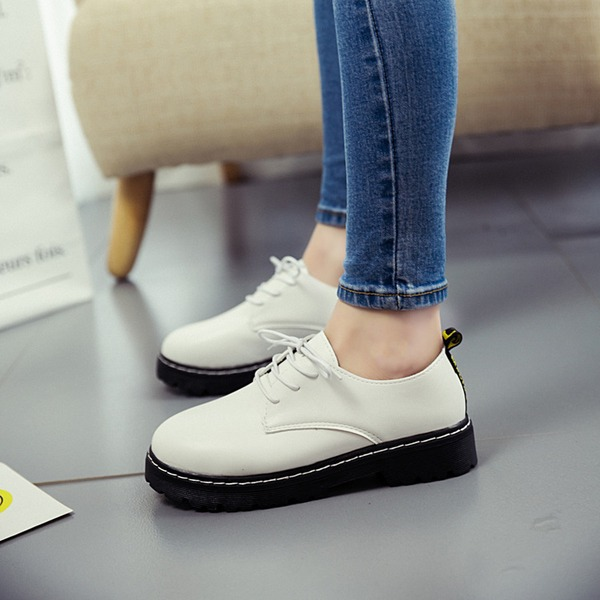 Women's PU Low Heel Flats Closed Toe Wedges With Lace-up Split Joint shoes