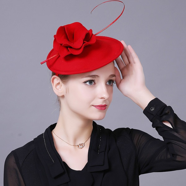 Ladies' Beautiful/Gorgeous Wool With Flower Beret Hat