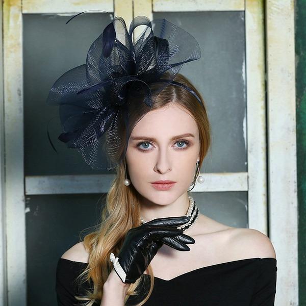Dames Mode/Spécial/Élégante Fil net avec Feather Béret Chapeau/Kentucky Derby Des Chapeaux