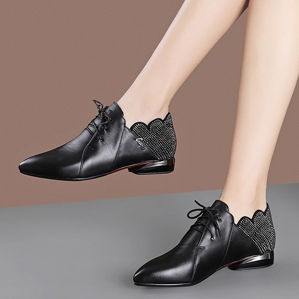 Vrouwen PU Low Heel Flats أحذية