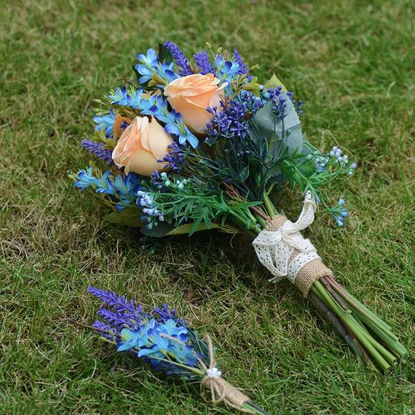 Attaché à la main Fleur en soie Bouquets de mariée ( ensemble de 2) - Boutonnière/Bouquets de mariée
