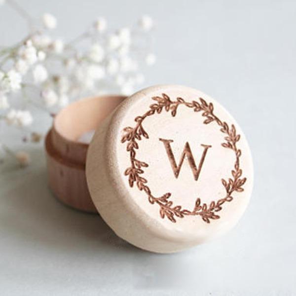 Enkel/Klassisk stil Ring Boks i Wood