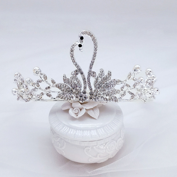 Gorgeous Rhinestone/Alloy Tiaras With Pearl (Sold in single piece)