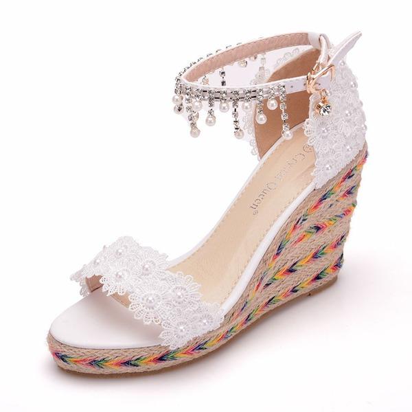 Frauen Kunstleder Keil Absatz Peep-Toe Sandalen Keile mit Nachahmungen von Perlen Blume Quaste Kette